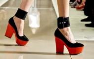 Женские туфли весна-лето 2012: оригинальность во всем