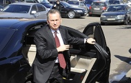 Борис Колесников пообещал остановить кражи багажа в бориспольском аэропорту