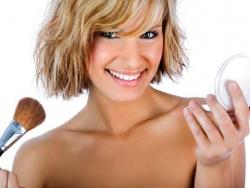 Стойкий макияж в жаркий летний день
