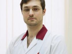 Хирург Сергей Чамкин: «Варикозная болезнь: почему лечение лучше начинать на начальных стадиях заболевания»