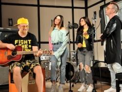 All Stars MOZGI Entertainment  впервые спели вместе на украинском языке